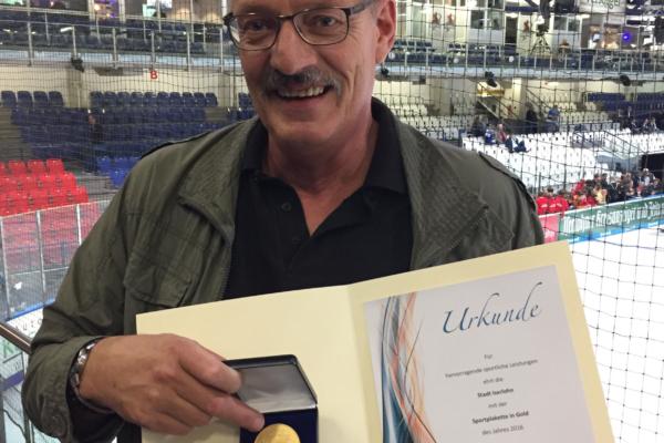 Hohe Auszeichnung für Klaus Fingerhut